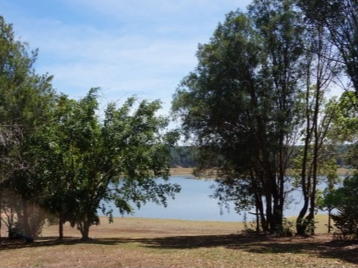 ABSOLUTE LAKE FRONTAGE