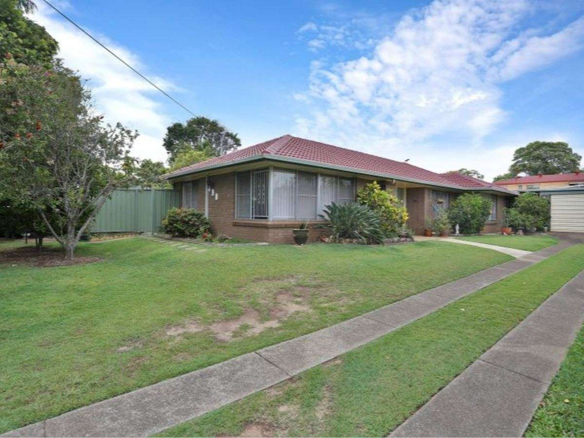 Property Sale at 390 McCullough Street, MacGregor QLD, 4109