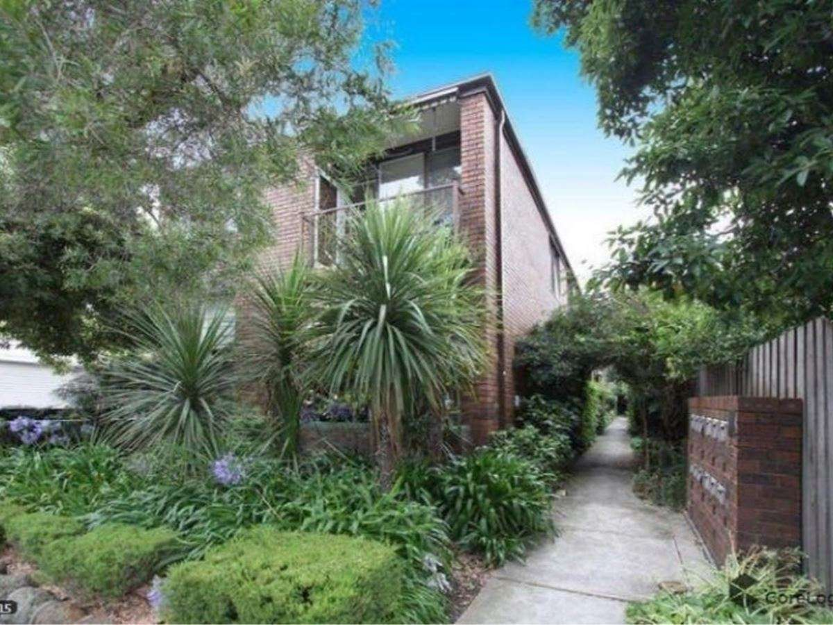 Property Sale at 2/3 Browning Road, Elwood VIC, 3184