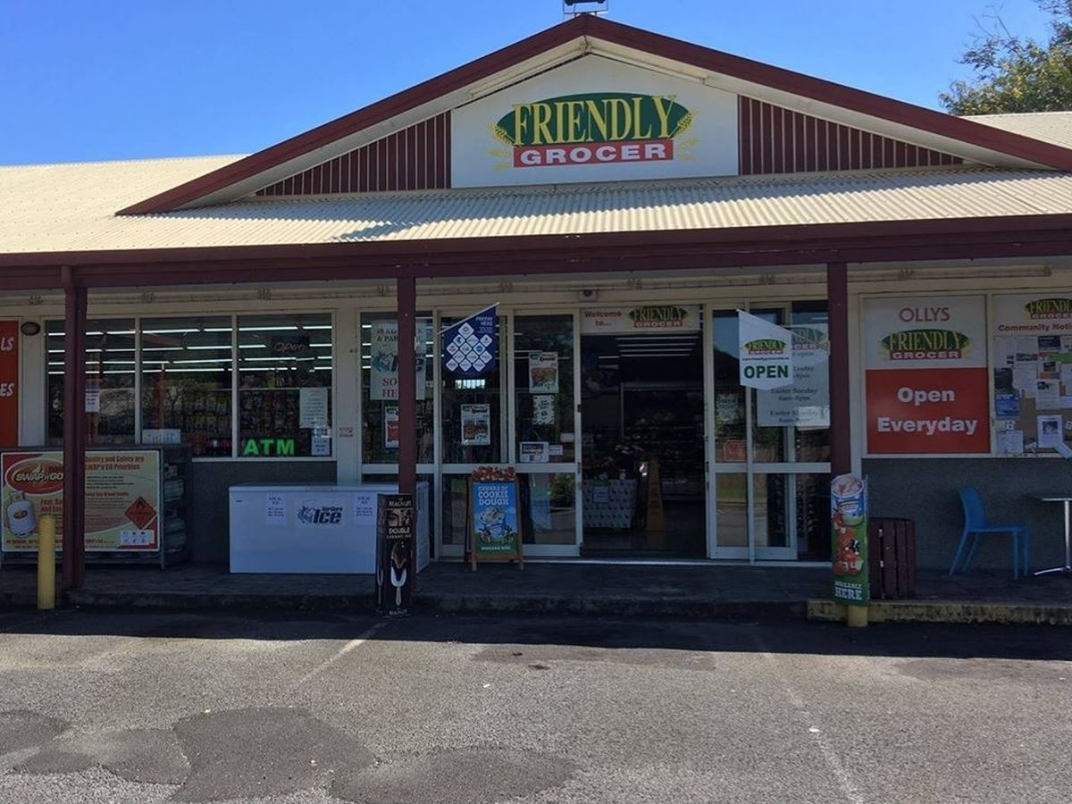 OLLY'S FRIENDLY GROCER MT SHERIDAN