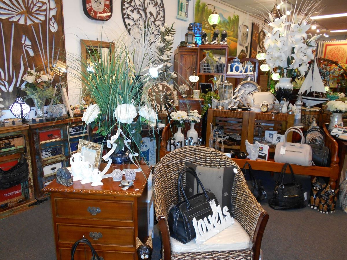 GIFTWARE BOUTIQUES FOR SALE
