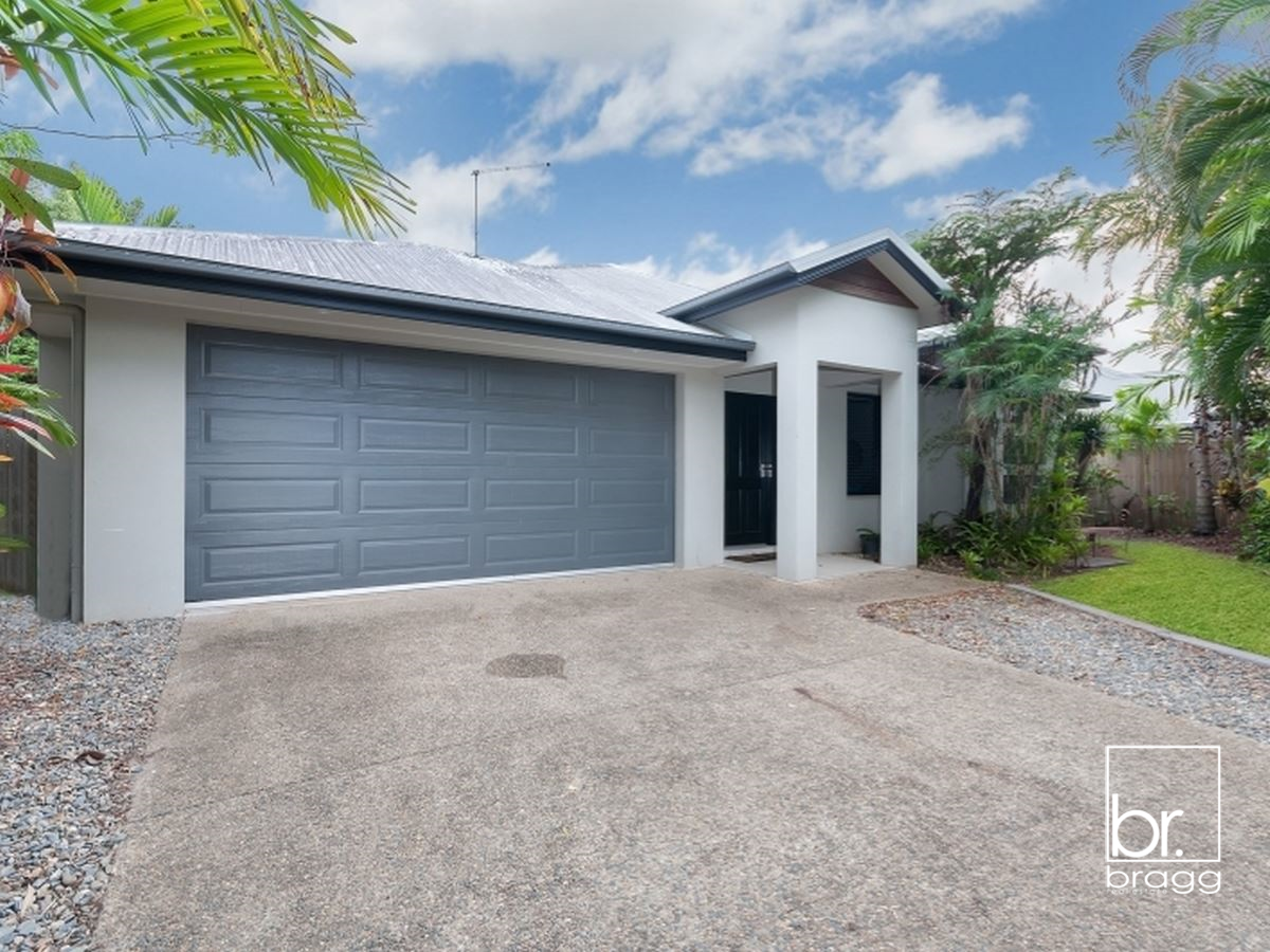 18 CHARNLEY AVENUE, BENTLEY PARK