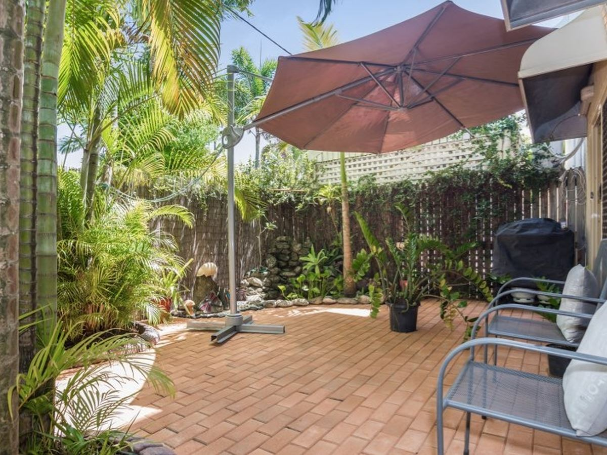 Property Sale at 1/201 Mcleod Street, Cairns North QLD, 4870