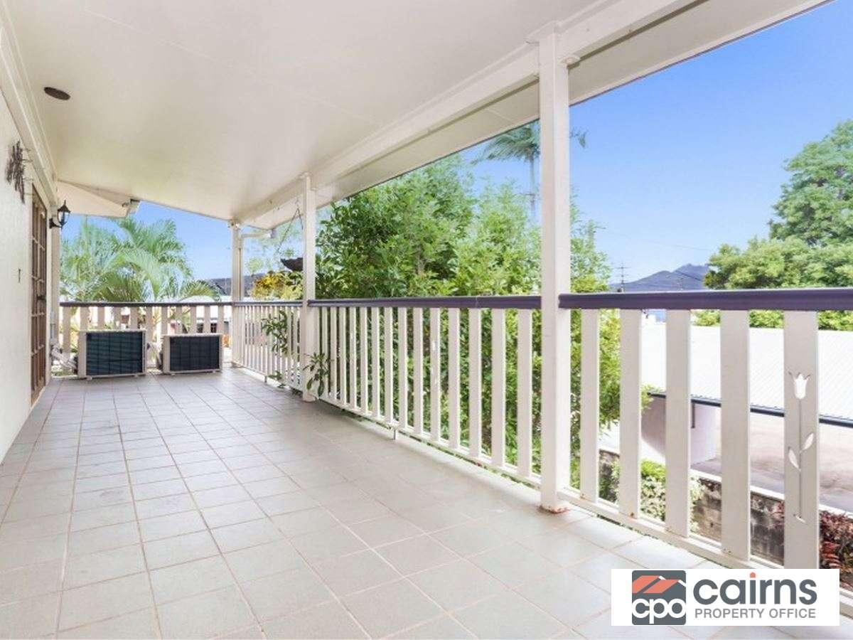 Property Sale at 4/115 Buchan Street, Bungalow QLD, 4870