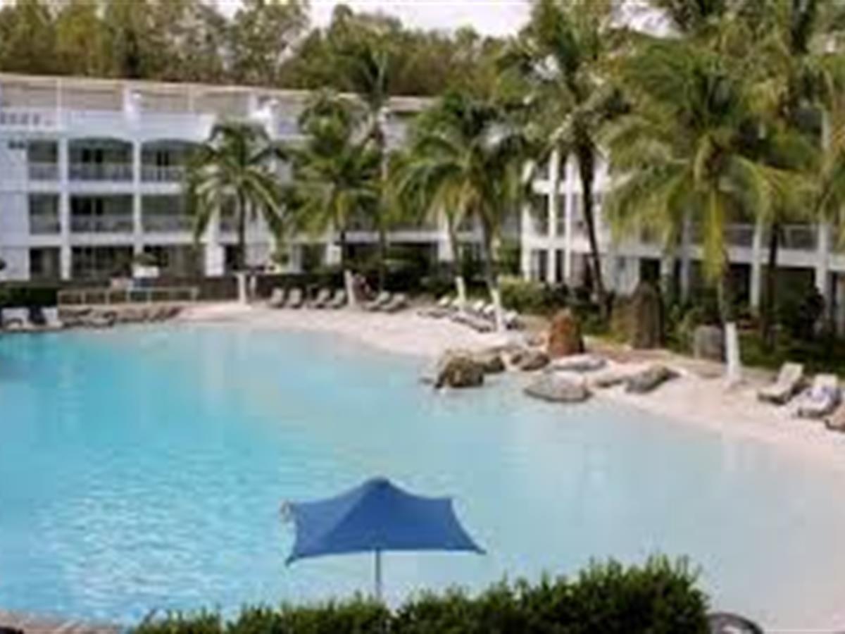 Peppers Beach Club & Spa Resort
