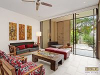 Palm Cove Apartment