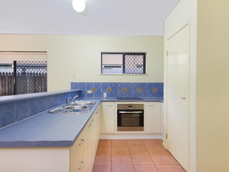 Property Lease at 27 Sherwood Close, BRINSMEAD QLD, 4870