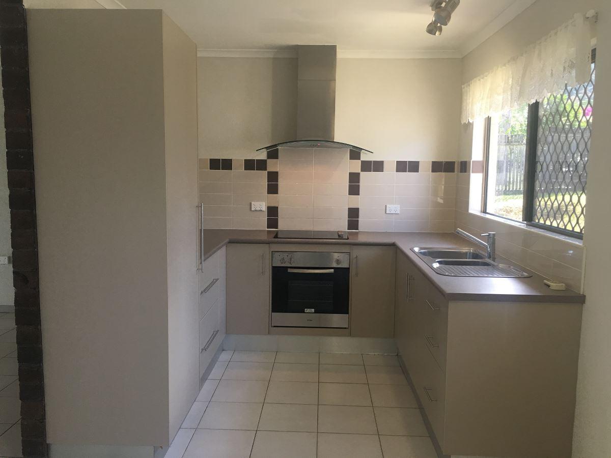 Property Lease at 2 Pomona Avenue, MOOROOBOOL QLD, 4870