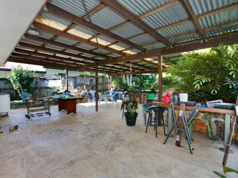 Property Sale at 23 Daphne Street, REDLYNCH QLD, 4870