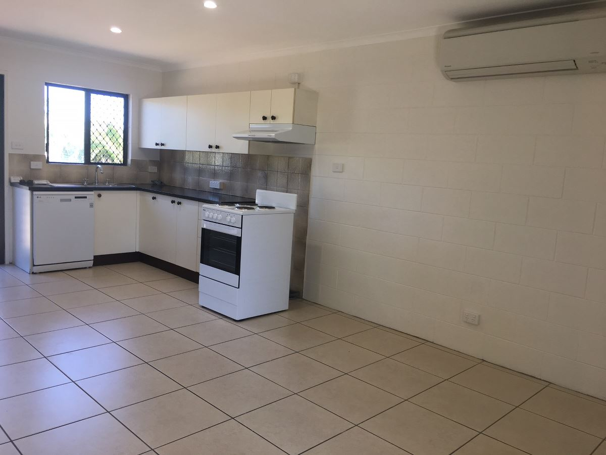 Property Lease at 7/9 Hector Close, WESTCOURT QLD, 4870