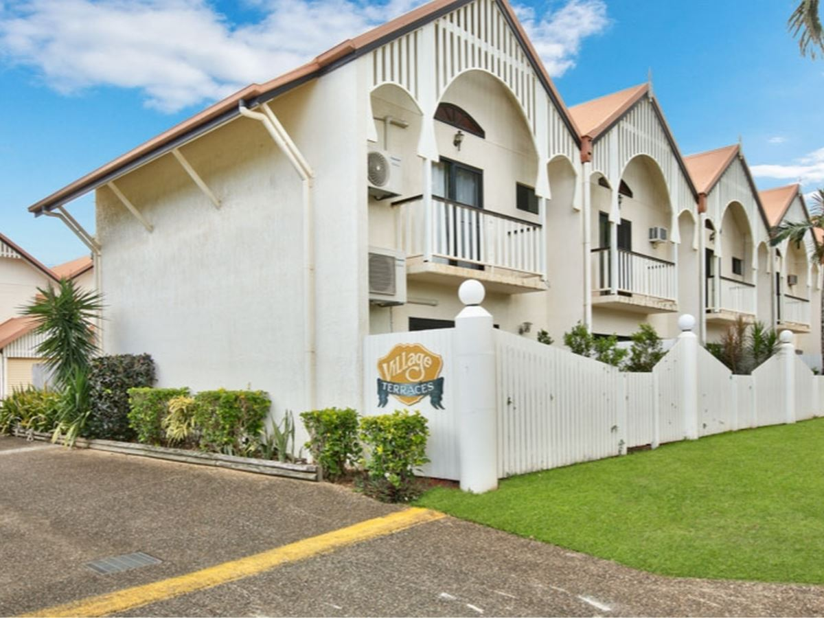 Property Sale at 5/9-11 Margaret Street, REDLYNCH QLD, 4870