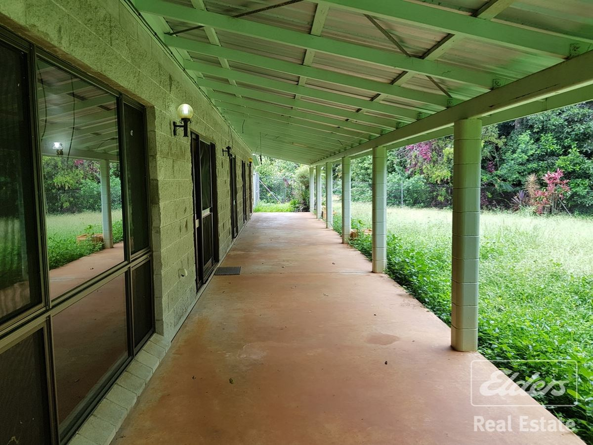PRIVACY, RIVER FRONTAGE, FAMILY HOME