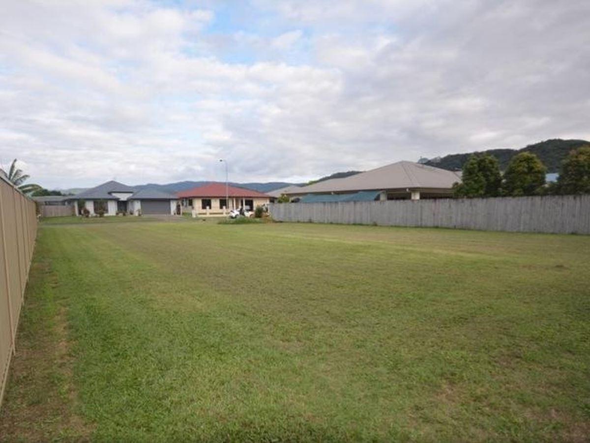 Property Sale at 8 Riflebird Crescent, MOSSMAN QLD, 4873
