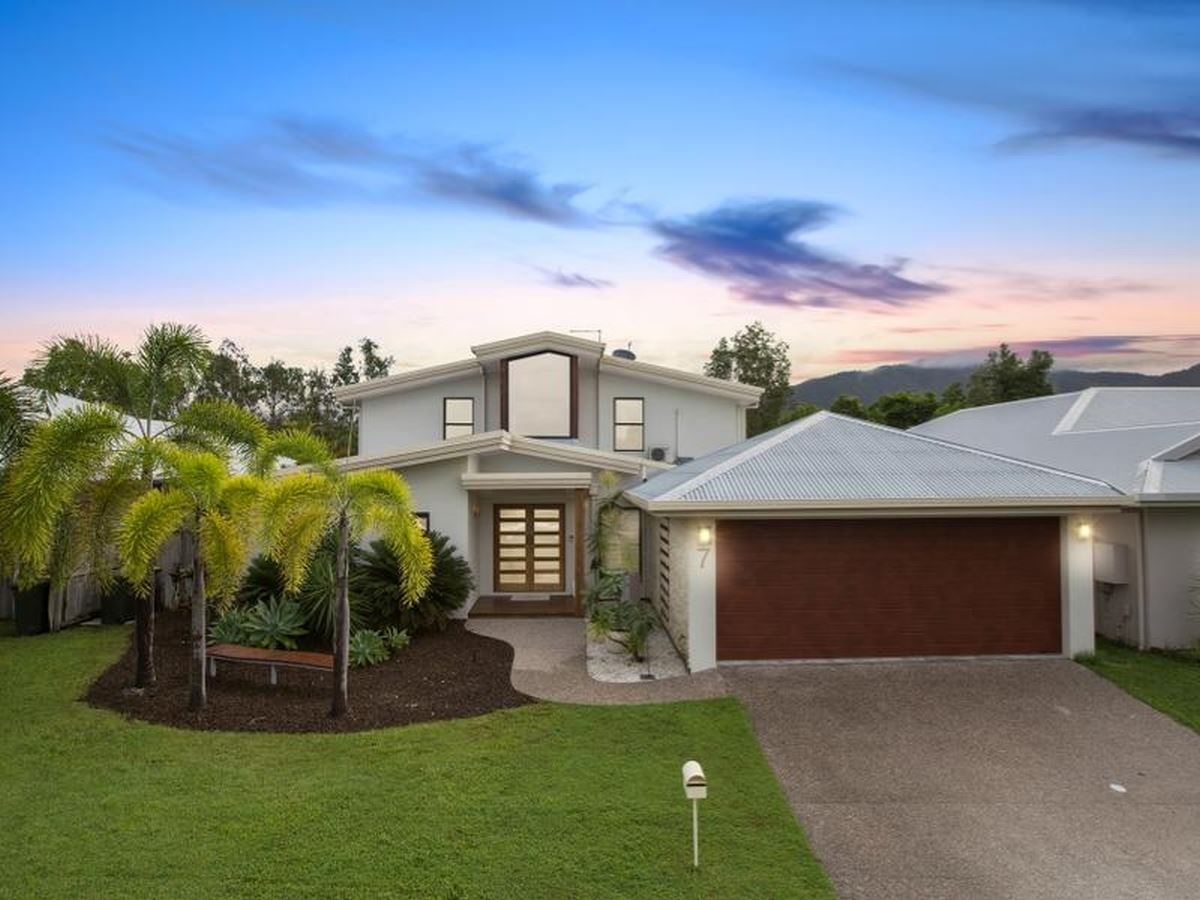 Property Sale at 7 Icefire Quay, TRINITY PARK QLD, 4879