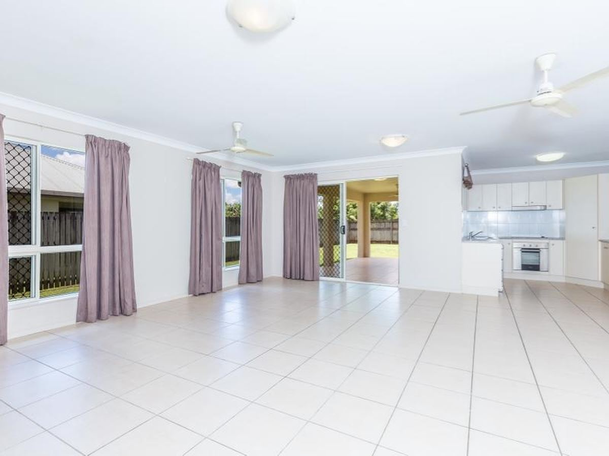 Property Sale at 7 Australis Close, EDMONTON QLD, 4869