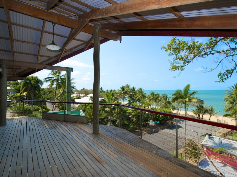 21 peacock st trinity beach qld 4879 godwin witten for Pole home designs nsw