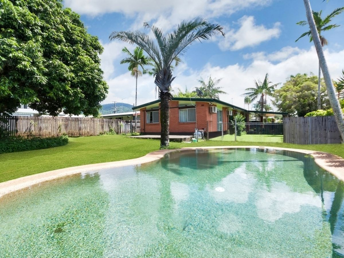 Property Sale at 5 Amethyst Street, Bayview Heights QLD, 4868