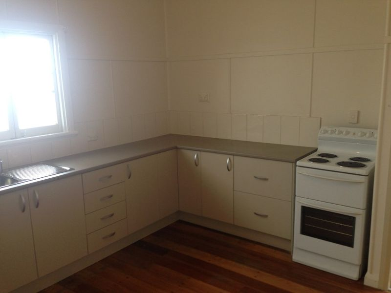 2 BEDROOMS ON MCLEOD ST