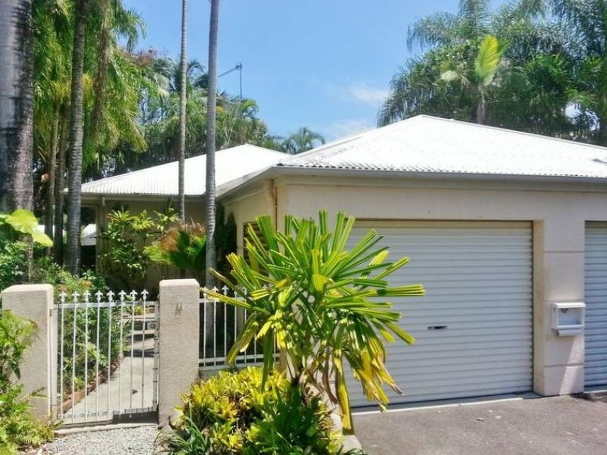 Property Sale at 1 MacAlister Place, SMITHFIELD QLD, 4878