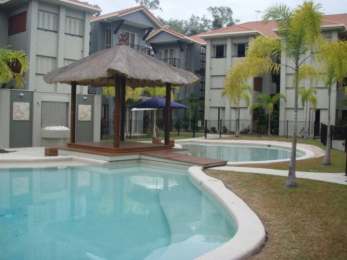 Awesome Fully furnished 3 Bedroom Apartment