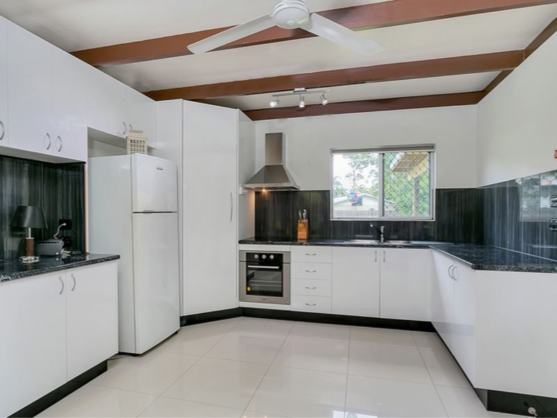 RENOVATED 2 BEDROOM - REDUCED TO SELL!