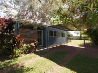 3 BEDROOM HOME CLOSE TO THE BEACH