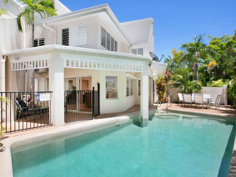 A rare 4 bedroom apartment in Palm Cove
