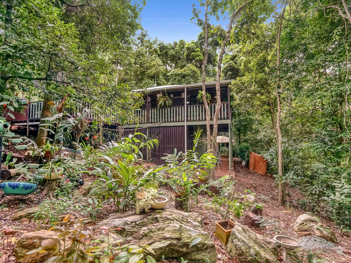 Property Sale at 2/2 Cedrela Close, Kamerunga QLD, 4870