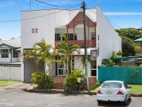 Property Sale at 22 Minnie Street, Cairns City QLD, 4870