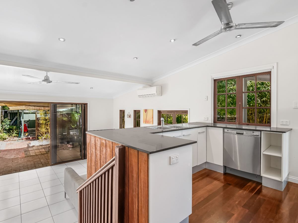 Property Sale at 45 Dunn St, Cairns North QLD, 4870